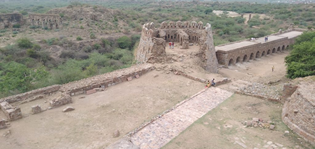 tughlaqabad fort for couples